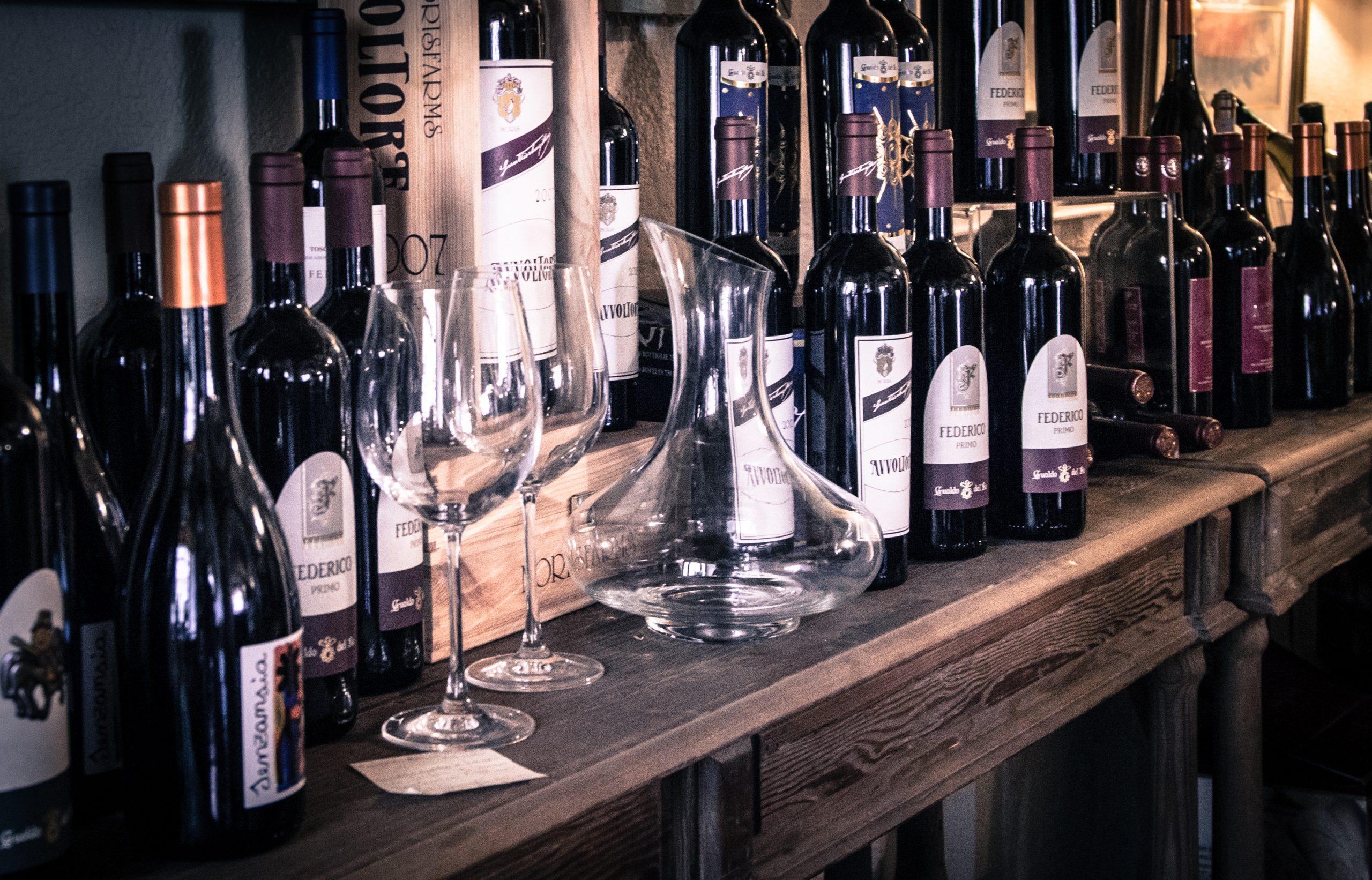 Qu'est-ce qu'une cave à vin de service