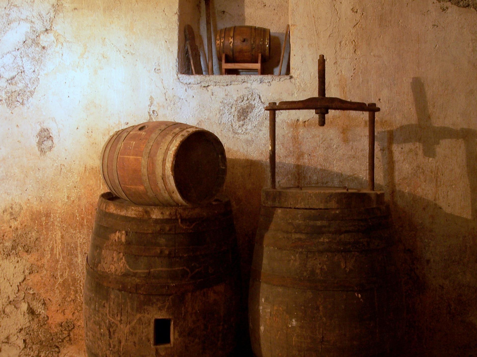 quels sont les différentes méthodes de vieillissement artificiel du vin ?